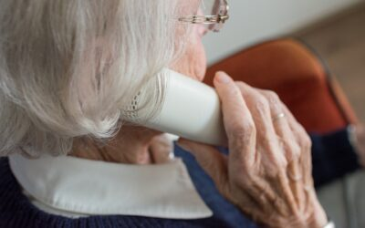 Corona kann sehr einsam machen – Telefonieren gegen Einsamkeit