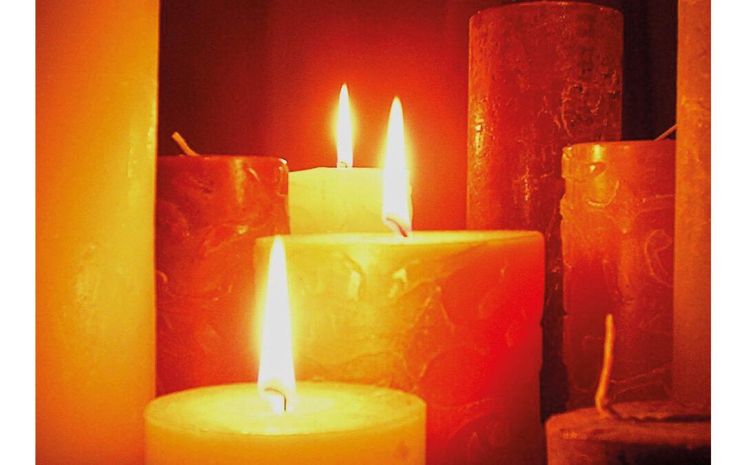Candlelight-Messe mit den Frauenkammerchor am 31.10.2021